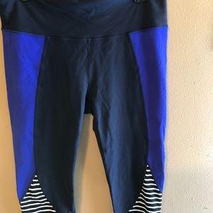 Athleta large running workout legging black purple